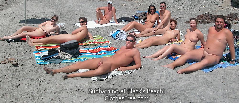 Голые юноши и девушки на калифорнийских пляжах