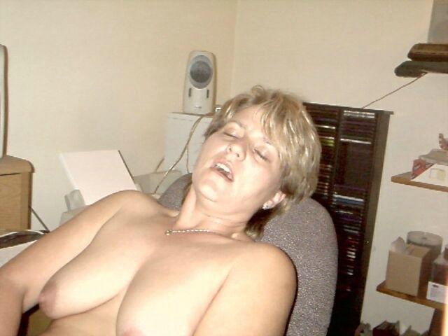 Любительские фото толстеньких шалав, котрые желают пригать на членах
